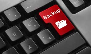 Applications backup and recovery